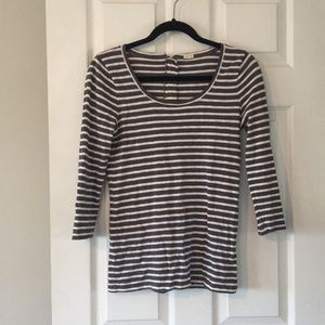 White and gray striped J Crew tee.
